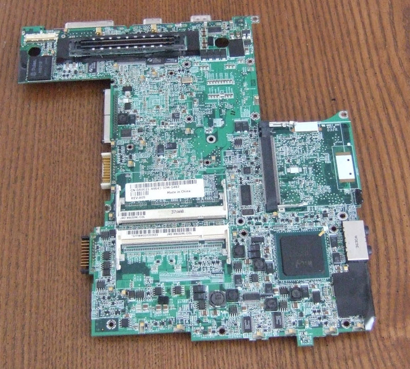D600,600M 04U621 (ATI) laptop motherboard for DELL
