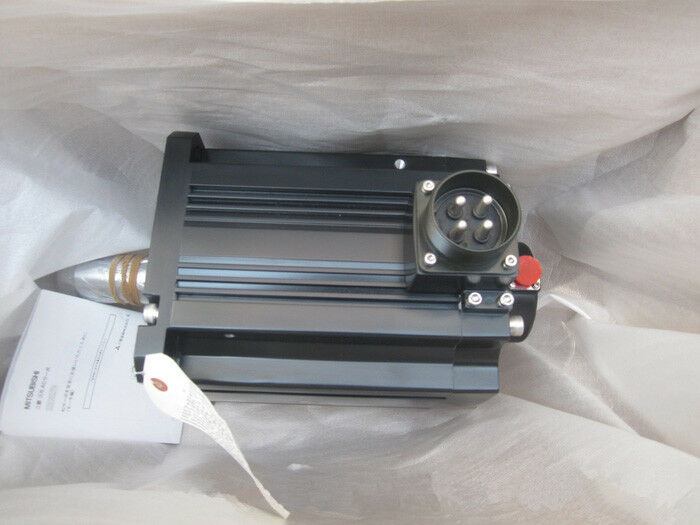 MITSUBISHI AC SERVO MOTOR HF-SP702 NEW ORIGINAL EXPEDITED SHIPPING