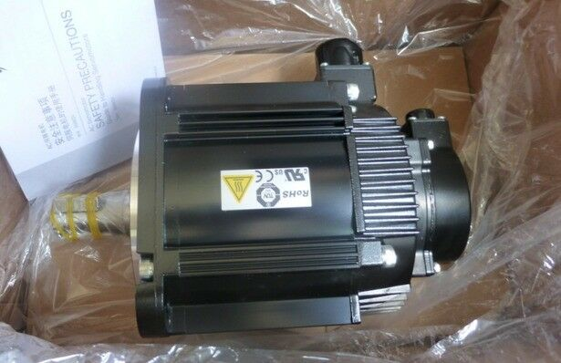 YASKAWA AC SERVO MOTOR SGMGV-13ADC61 NEW ORIGINAL EXPEDITED SHIPPING