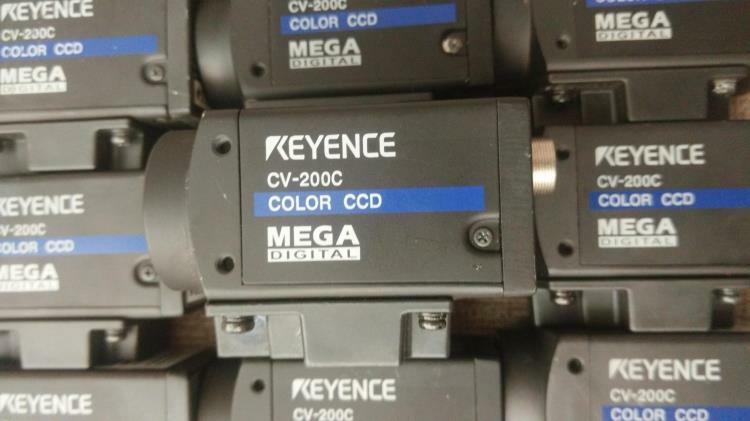 KEYENCE CV-200C Used and Tested 1pcs More Than 10pcs