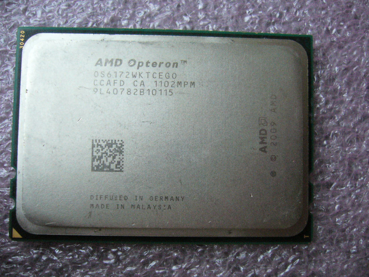 QTY 1x AMD Opteron 6172 2.1 GHz Twelve Core (OS6172WKTCEGO) CPU Tested G34
