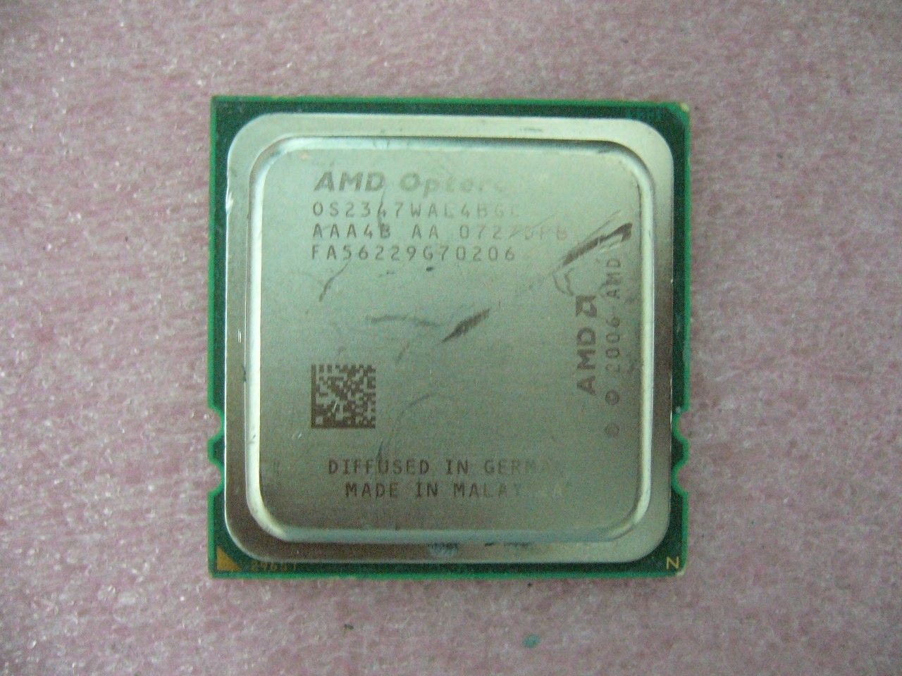 QTY 1x AMD Opteron 2347 1.9 GHz Quad-Core (OS2347WAL4BGC) CPU Socket F 1207