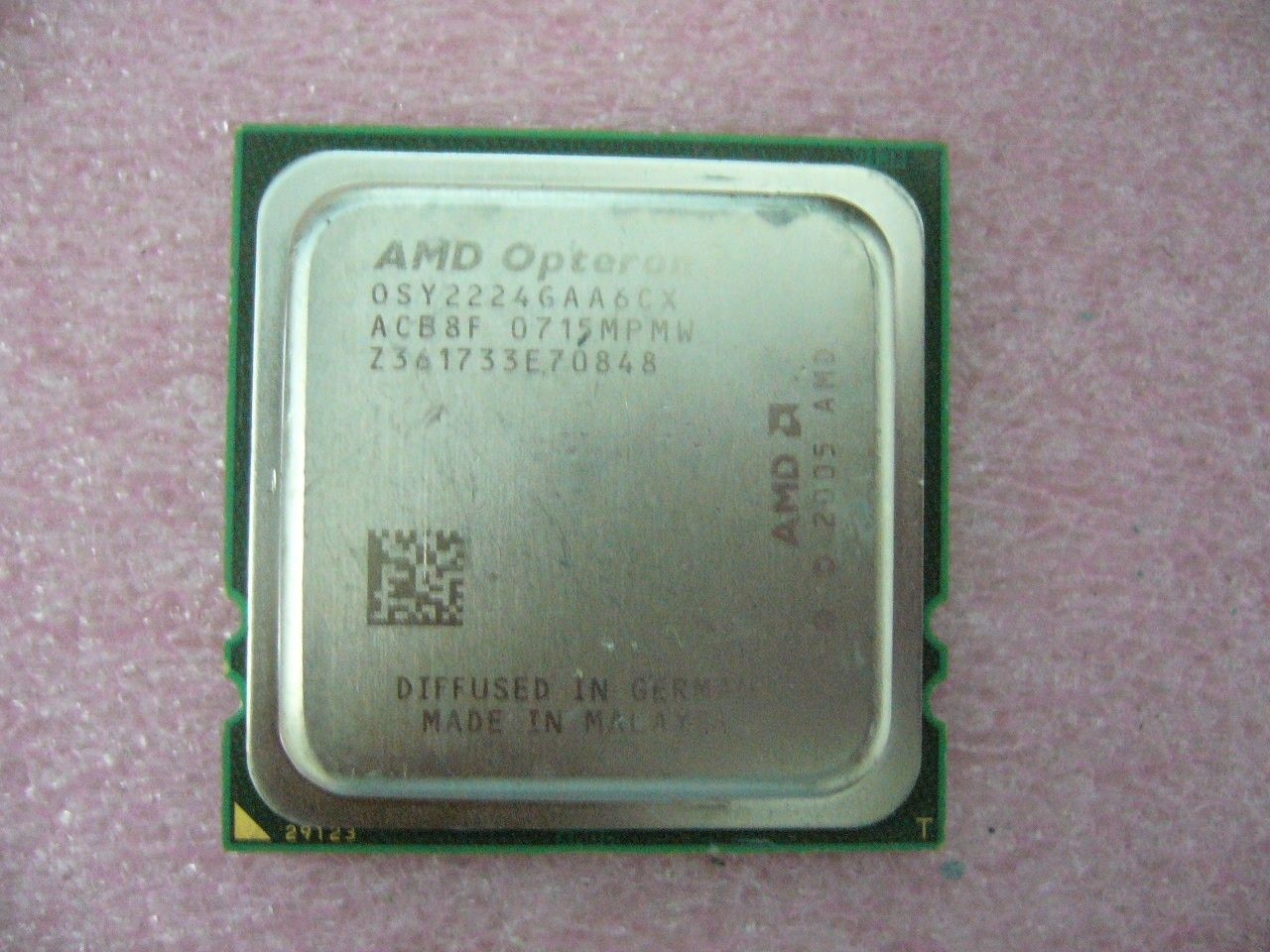 QTY 1x AMD Opteron 2224 SE 3.2 GHz Dual-Core (OSY2224GAA6CX) CPU Socket F 1207