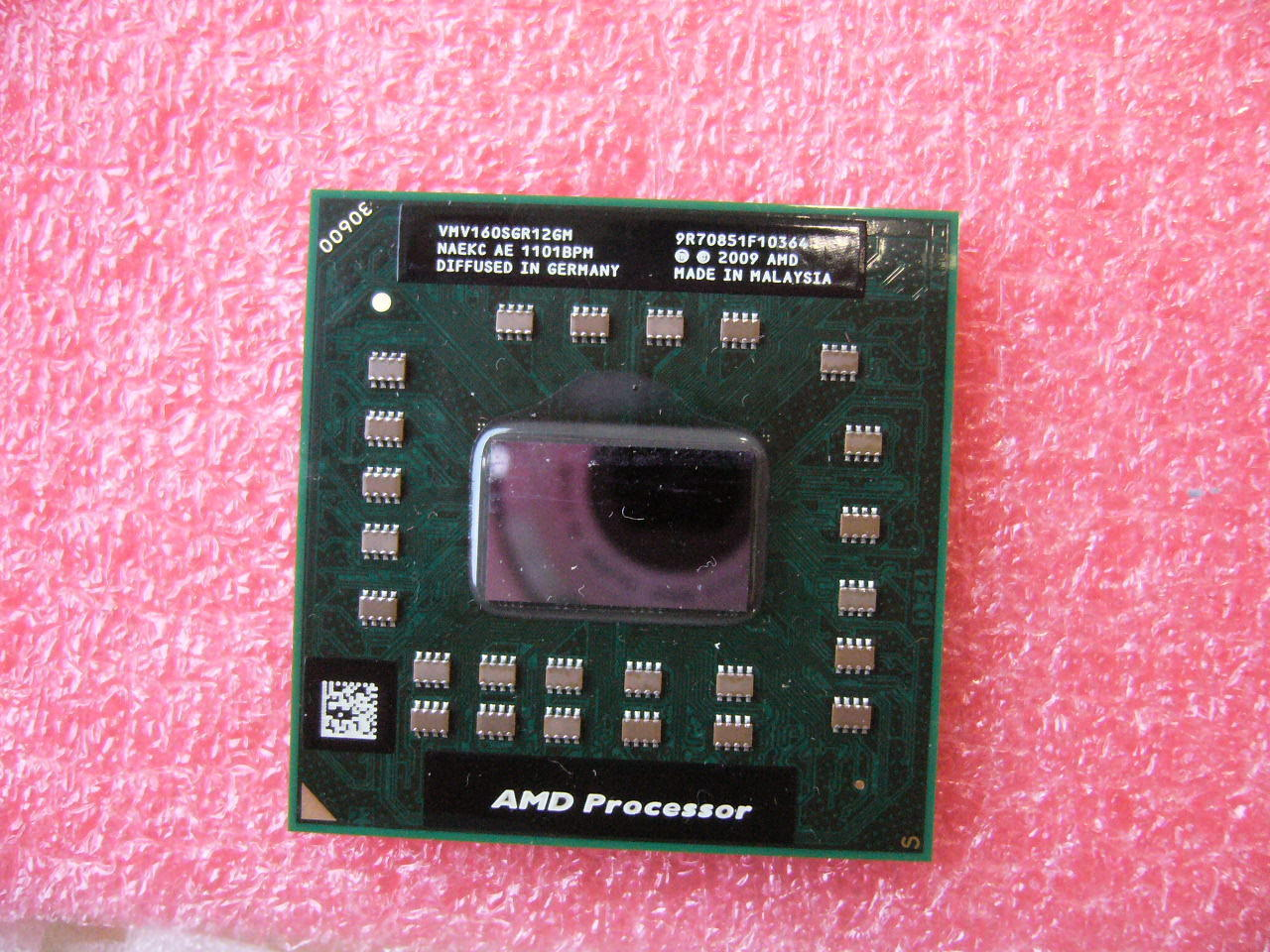 QTY 1x AMD V series V160 2.4GHz Single-Core (VMV160SGR12GM) Laptop CPU Socket S1