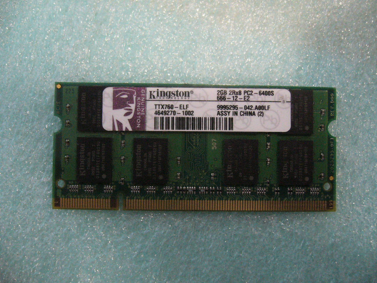 QTY 1x 2GB Kingston DDR2 PC2-6400S 200-pins SO-DIMM for laptop TTX760-ELF