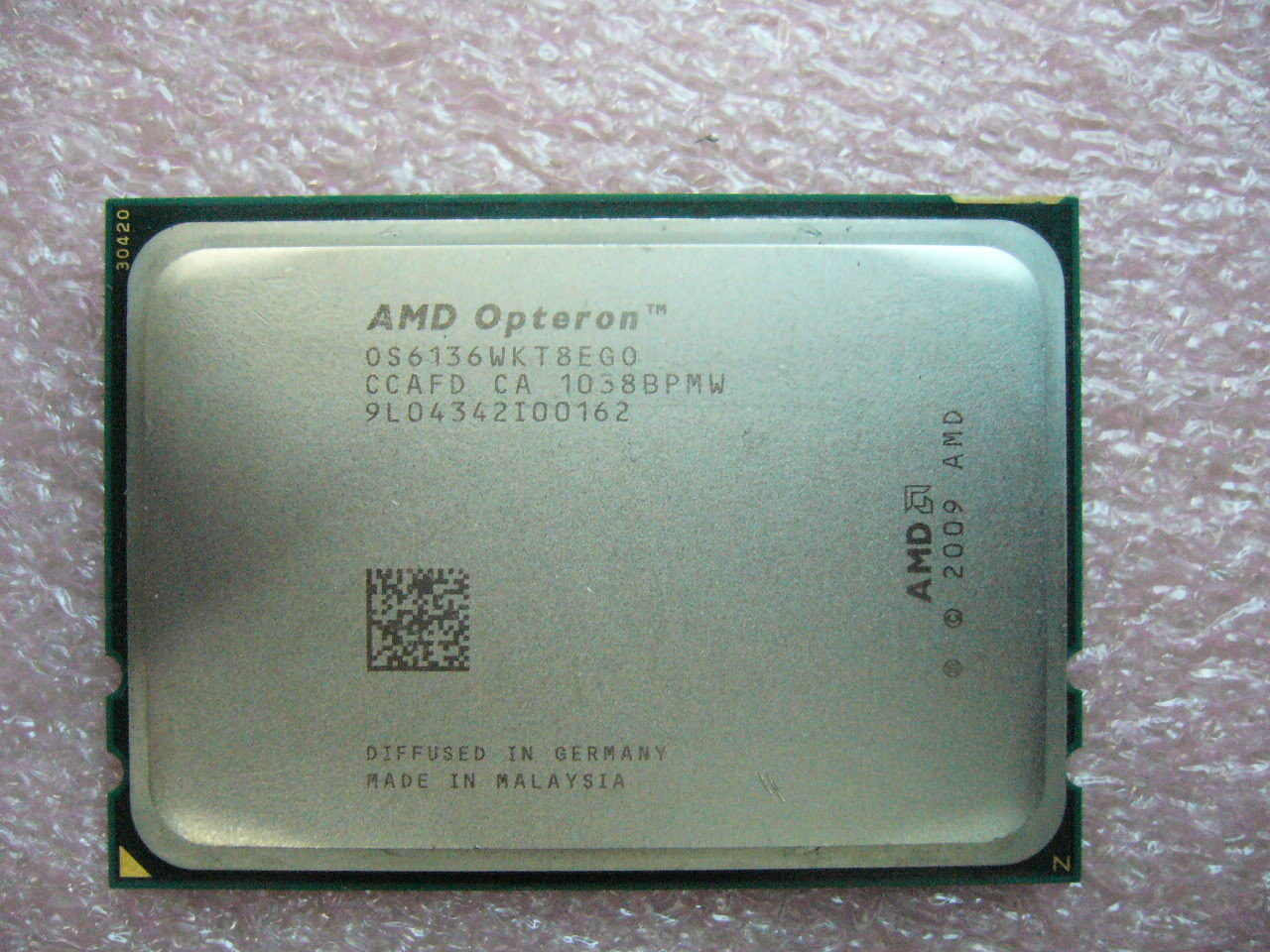 QTY 1x AMD Opteron 6136 2.4 GHz Eight Core (OS6136WKT8EGO CPU Tested G34