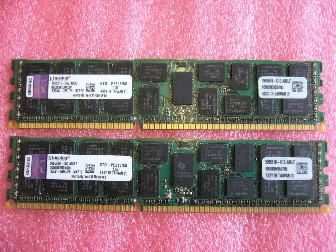 QTY 1x 8GB DDR3 ECC Registered Server memory Kingston KTD-PE313/8G