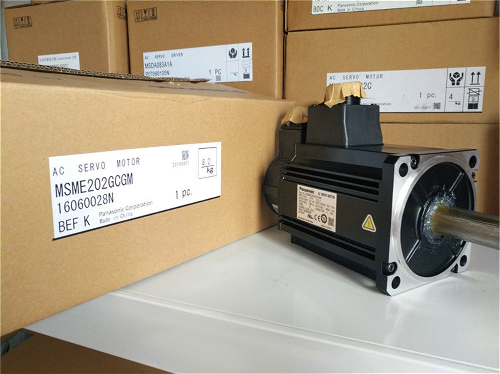 Original New PANASONIC AC Servo motor MSME202GCGM in box